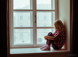 Was im Gehirn von Kindern passiert, die nicht genug Liebe von ihren Eltern bekommen