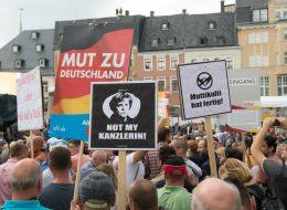 Gaulands Chef-Stratege packt aus: So hetzt die AfD Bundeskanzlerin Merkel den Mob auf den Hals