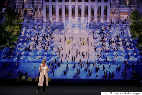 apple ahrendts