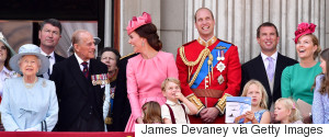 BUCKINGHAM PALACE ROYAL FAMILY