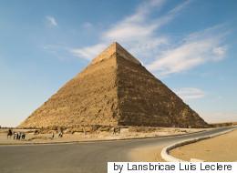 Γυμνή στις Πυραμίδες: Μοντέλο από το Βέλγιο βρέθηκε σε φυλακή στην Αίγυπτο λόγω προκλητικής φωτογράφησης