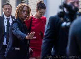 Βίντεο: Η Bella Hadid έγινε έξαλλη με το σωματοφύλακά της επειδή έσπρωξε μία φωτογράφο