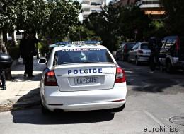 Συγγενής μουσικοσυνθέτριας και απότακτος αστυνομικός στους συλληφθέντες στην υπόθεση των «πορτοφολάδων»