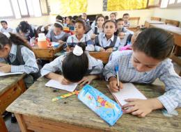 المقررات التعليمية بالجزائر.. لماذا يُصر المسؤولون على أن تكون نسخة من الغرب؟