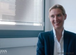 Klaas Heufer-Umlauf befragt AfD-Frau Weidel zur Demokratie in Deutschland - dann wird es völlig irre