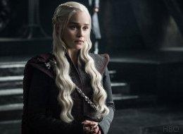 Τα νέα μαλλιά της Emilia Clarke έχουν ανησυχήσει τους φαν του Game of Thrones για το μέλλον της Daenerys
