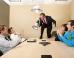 """التعامل مع الموظفين والنظرة للنجاح والترقيات تحدد.. 10 علامات على """"سوء الإدارة"""" في أماكن العمل"""