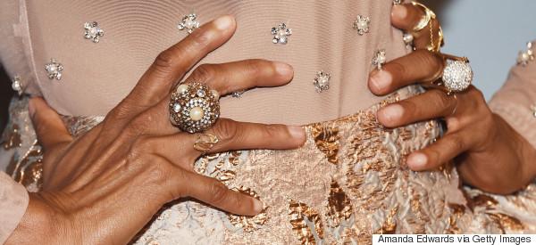 Τα 7 κοσμήματα που θα φορέσετε φέτος το φθινόπωρο