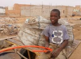 أطفال الشوارع بموريتانيا.. الظاهرة التي ستُنهي جيلاً بأكمله