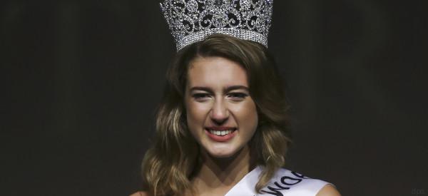 Miss Türkei verliert ihren Titel - Grund dafür ist ein anstößiger Tweet zum Putschversuch 2016