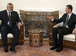 بلومبيرغ: إيران تتوسط بين الأسد وحركة حماس لإعادة بناء تحالفهما.. هذه أبرز العراقيل وشروط دمشق القاسية