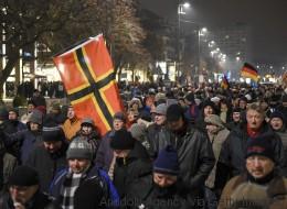 Die AfD ist unter ostdeutschen Männern die stärkste Partei - wie konnte das passieren?