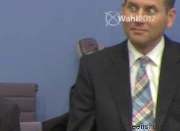 Als Petry den Raum verlässt: Über den irren Blick des AfD-Pressesprechers diskutiert das Netz