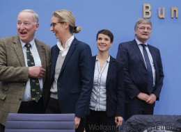 Mit der AfD im Bundestag, werden sich die Rassisten in Deutschland nicht mehr verstecken