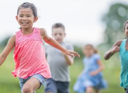 دراسة تكشف أن الأولاد الذين لا يستجيبون للضحك قد يكونون مرضى عقليين