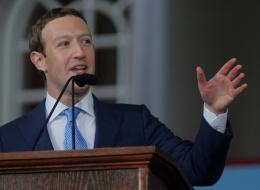 فيسبوك تعيِّن 1000 موظف لمراقبة المحتوى وردع الاستخدام السيئ للحكومات
