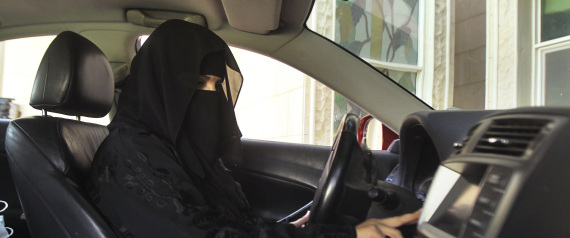 SAUDI WOMAN DRIVE A CAR