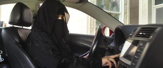 SAUDI WOMEN DRIVING THE CAR