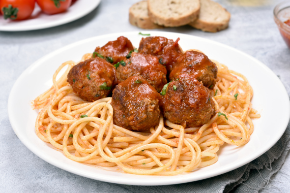 minced meat with pasta