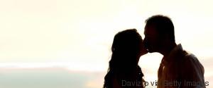 KISS COUPLE SHADOW