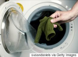 Να τι να κάνετε για να φτιάξετε το πουλόβερ σας που «μπήκε» στο πλύσιμο