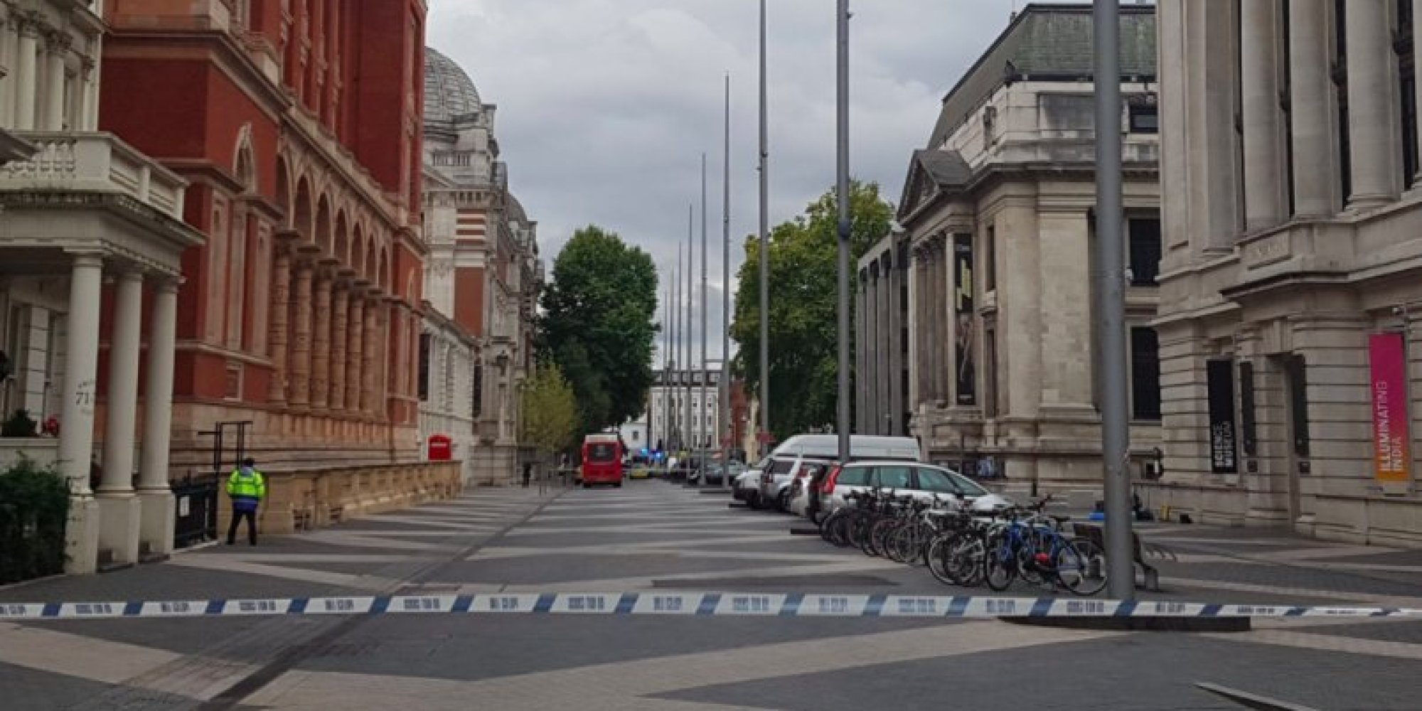 auto f hrt in menschenmenge in london mehrere museen evakuiert. Black Bedroom Furniture Sets. Home Design Ideas