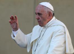 بابا الفاتيكان يجري اتصالاً بـ