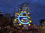 La Repubblica: Η ΕΚΤ κερδίζει 7,8 δισ. ευρώ από τα ελληνικά ομόλογα, αλλά στην Αθήνα καταλήγουν μόνο ψίχουλα