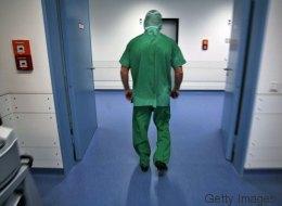 Bremen: Ein 18-Jähriger sollte operiert werden - doch der Arzt entfernt ihm das falsche Organ