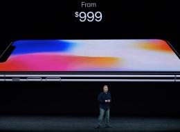 يبيعون الوهم.. شركة أمنية تحذر من حسابات تدّعي تقديم هواتف آيفون الجديدة مجاناً