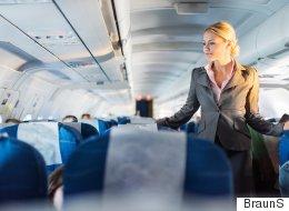 승무원들이 말하는 '비행기에서 가장 좋은 서비스를 받을 수 있는 자리'
