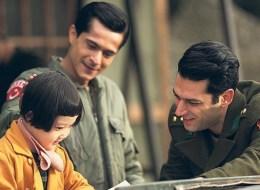 خاطر بحياته في الحرب لتعيش معه في مخيم عسكري.. فيلم تركي مرشح للأوسكار يُبرز الحرب الكورية بطريقة مختلفة