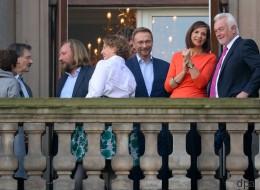 Während FDP und Grüne zueinander finden wollen, stichelt Lindner gegen Merkel