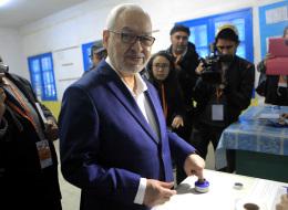 الغنوشي يرفض تغيير الحكم بتونس إلى نظام رئاسي لهذه الأسباب.. ويكشف أكثر ما ستركز عليه حركته بالانتخابات المقبلة