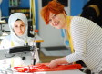 Wir nähen Mode mit Schneiderinnen aus Syrien und Afghanistan - und werden von Kunden überrannt