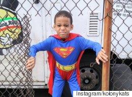 이 아이가 매일 슈퍼히어로로 변신하는 이유(사진)