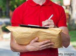 Τρομερή ή τρομακτική ιδέα; Η νέα υπηρεσία της Amazon αφήνει τον courier να μπει στο σπίτι σας όταν λείπετε