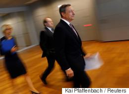 Παρατείνει αλλά μειώνει την ποσοτική χαλάρωση η ΕΚΤ