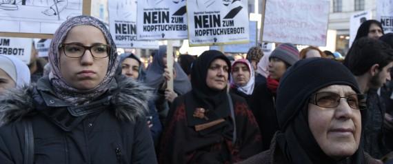 MUSLIMS AUSTRIA