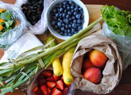 Δεν θέλουμε να σας αγχώσουμε, αλλά τόσο καιρό πλένετε τα φρούτα και τα λαχανικά σας με εντελώς λάθος τρόπο