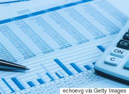 Bloomberg: Η Ελλάδα φέρεται να σχεδιάζει ανταλλαγή χρέους ύψους 30 δισ. ευρώ