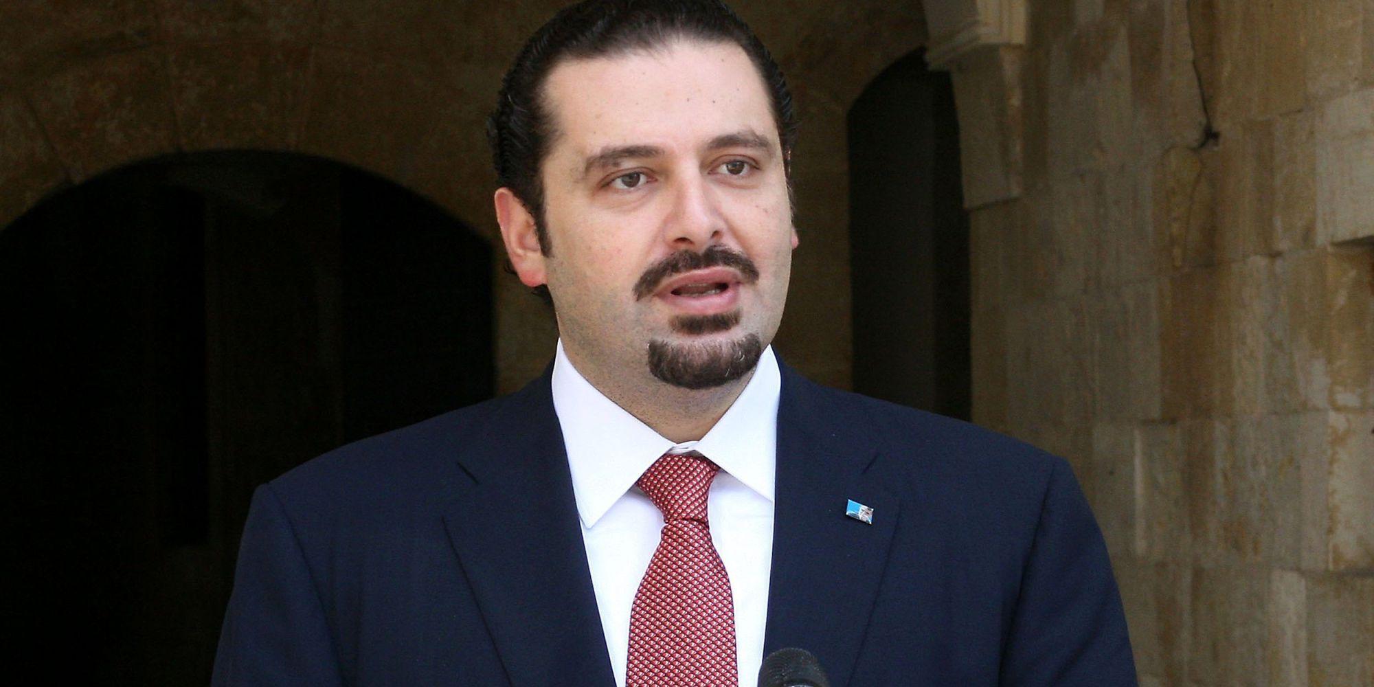 الحريري المستقيل يرد على الشائعات بصورة.. وينفي أنباء احتجازه في المملكة