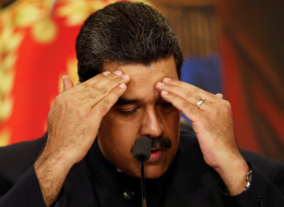 كاميرا وشطيرة لحم تفضحان رئيس فنزويلا أمام شعبه الجائع