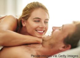 Sex-Experten sind sich einig: Diese eine Sache sollten wir alle viel häufiger tun