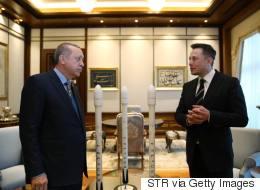 Ο Έλον Μασκ συνάντησε τον Ερντογάν: Τουρκικοί δορυφόροι και συνεργασία Tesla με τουρκικές εταιρείες στην ατζέντα