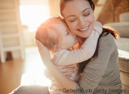 Imlau: Wieso die Grundidee von Attachment Parenting Mütter nicht ins Unglück stürzt