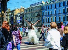 Diese Fotos zeigen auf wunderbare Weise, wie abwechslungsreich St. Petersburg ist