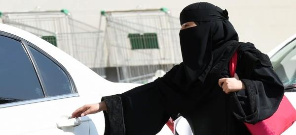 woman driving saudi