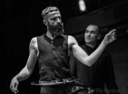 Άρης Σερβετάλης: «Γίνεται μεγάλος αγώνας ώστε οι άνθρωποι του θεάτρου να πληρώνονται αξιοπρεπώς»