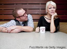 12 πράγματα που οι άντρες θεωρούν ότι τους κάνουν ελκυστικούς, αλλά οι γυναίκες έχουν εντελώς αντίθετη γνώμη